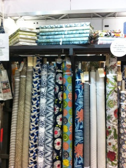 No Chintz have more than 130 Fabrics 'Off the Roll'.