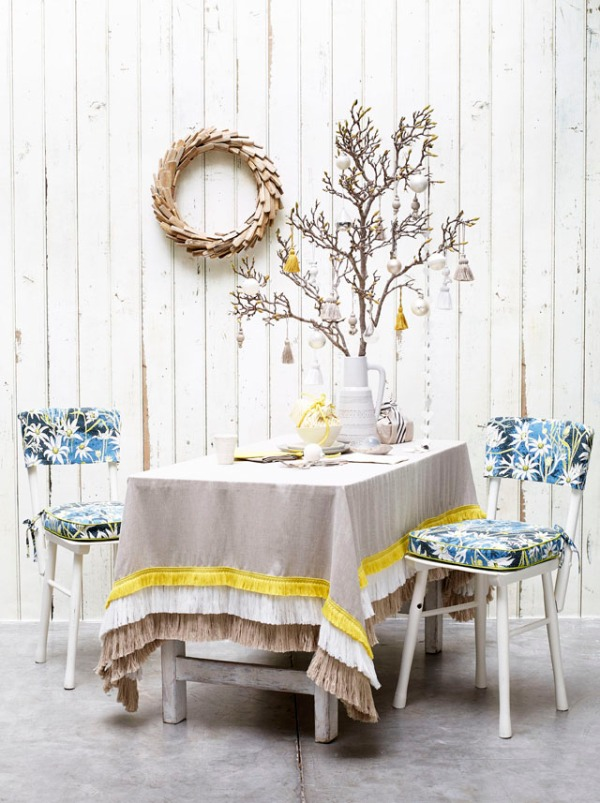 No Chintz Christmas Table